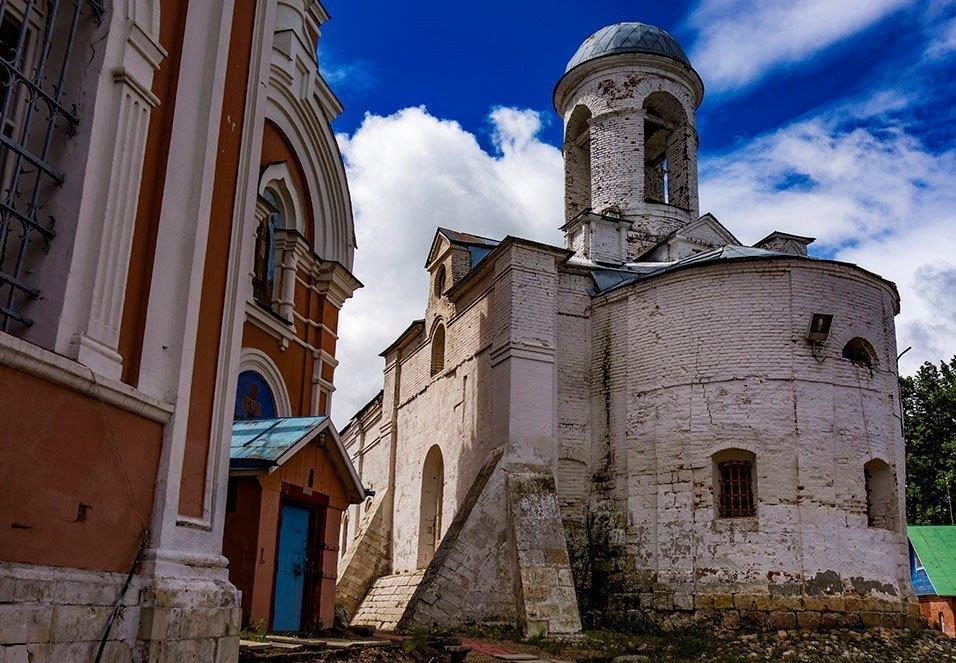 Храмы оставшиеся от Якиманского монастыря в Можайске